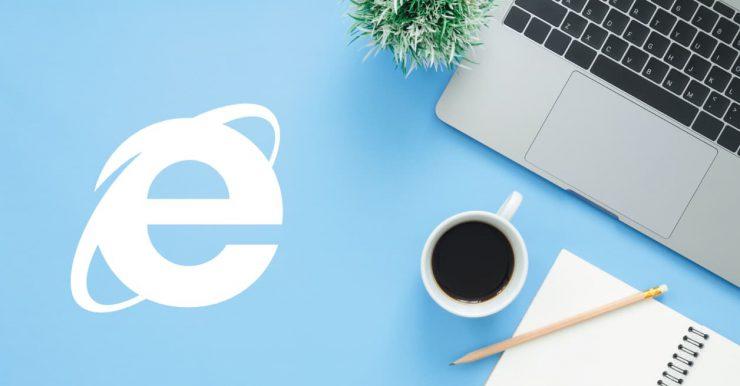 logo internet explorer bij laptop