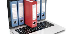 Laptop met scherm van orders om uit te beelden dat facturen uploaden met TriFact365 eenvoudig en snel gaat.