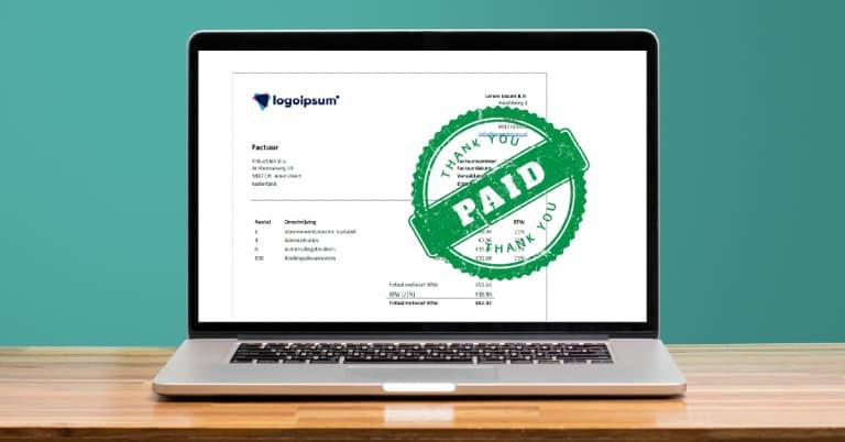 Latop avec le logiciel Scan and Recognise pour les factures étrangères et internationales.
